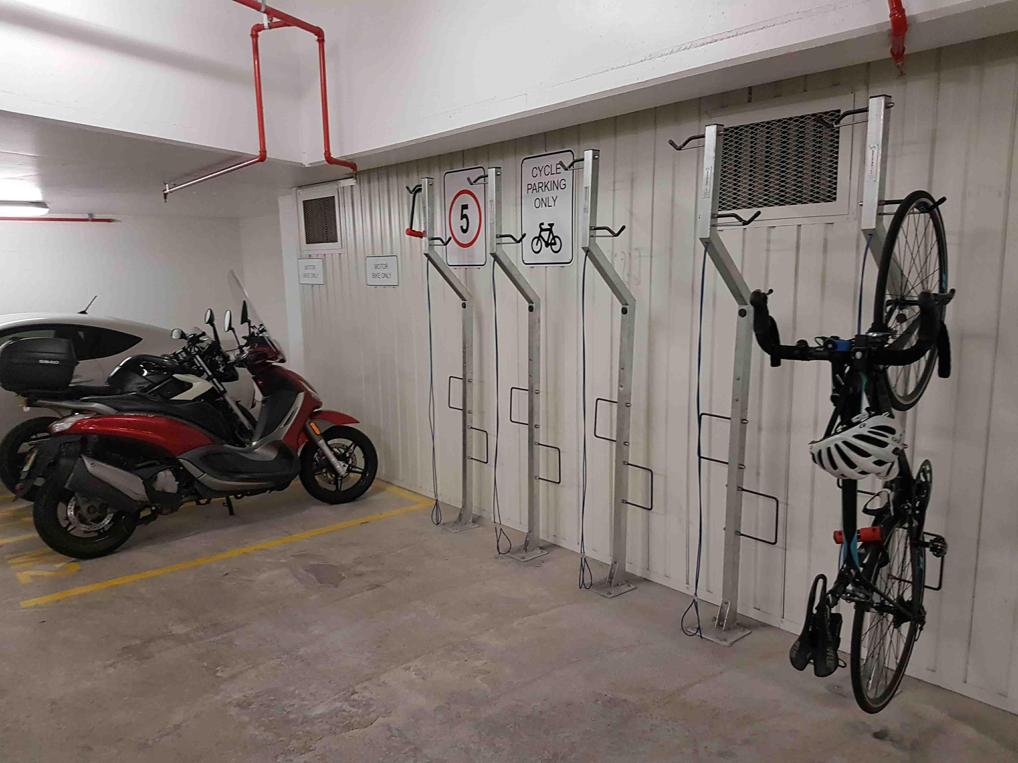 rack hanging vertcal bike poplet shop vertical